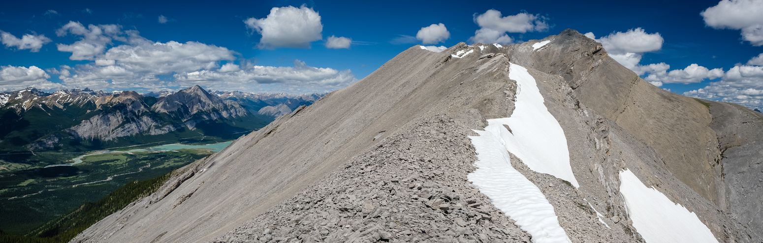 The south ridge is a nice easy scramble. Summit in sight now.