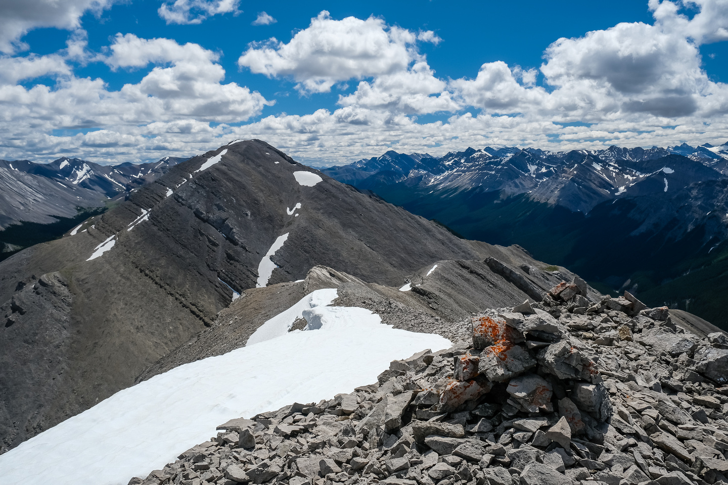 A cairn on the false summit, looking back at Homeless.