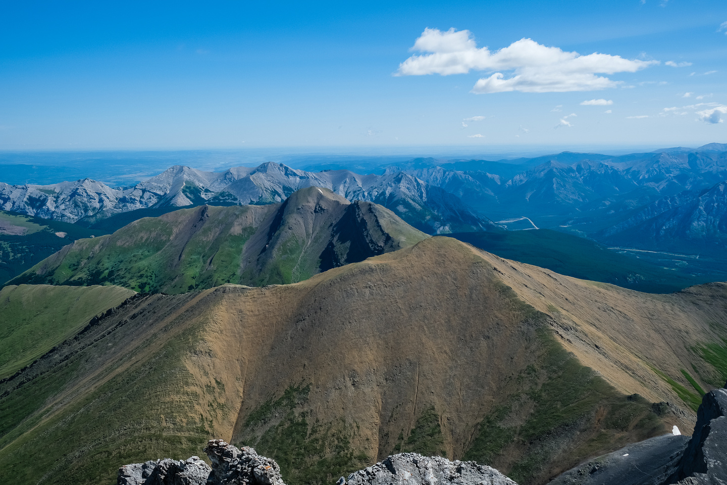 Views over Mount Allan and Collembola towards Skogan and Lorette.