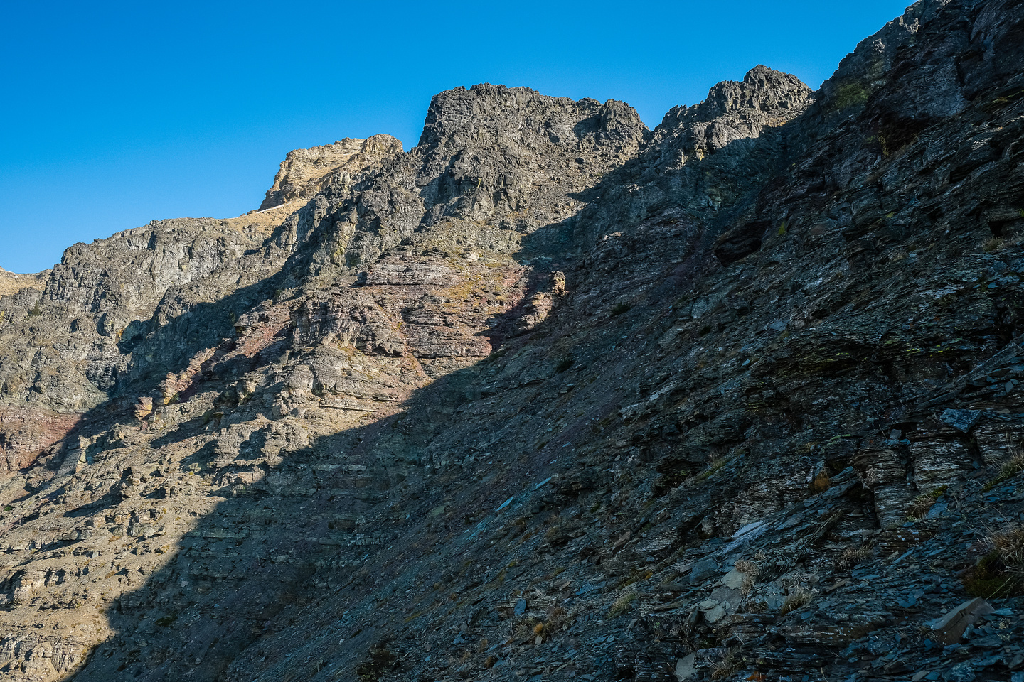 The gully at center rising to right is used to bypass difficulties on the ridge.