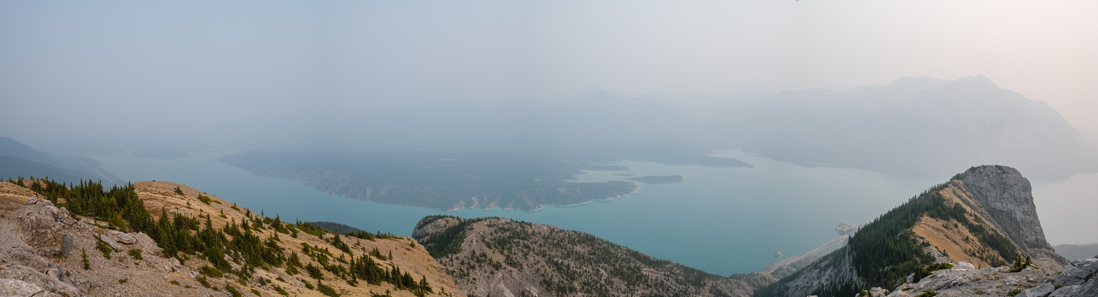 Views over Abraham Lake and The Lookout from The Buckle.