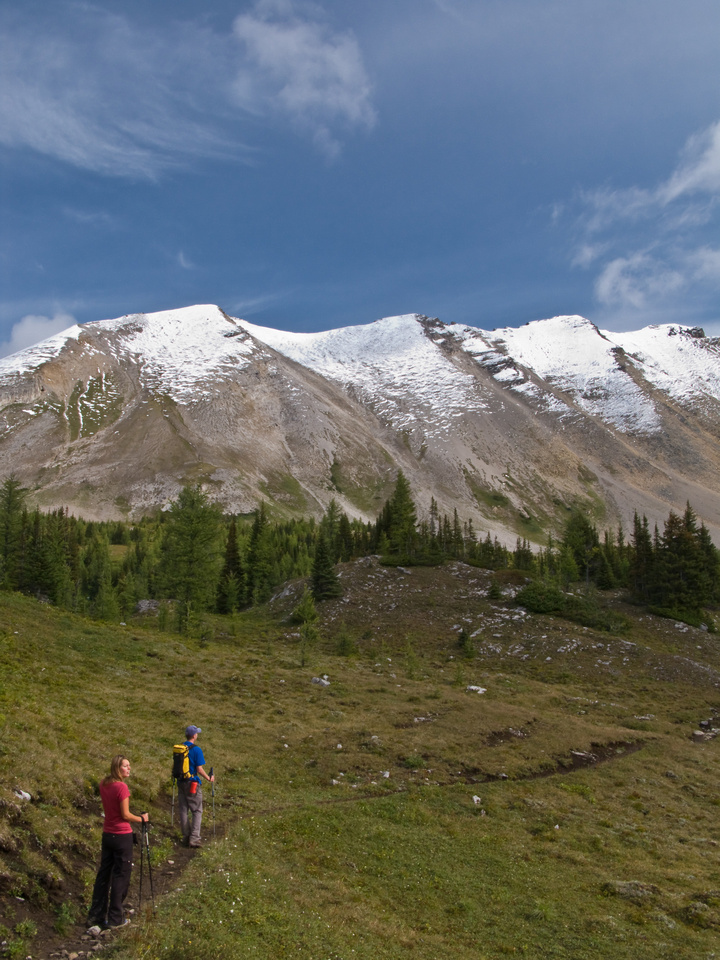 Near Og Pass with Og Mountain in the background.