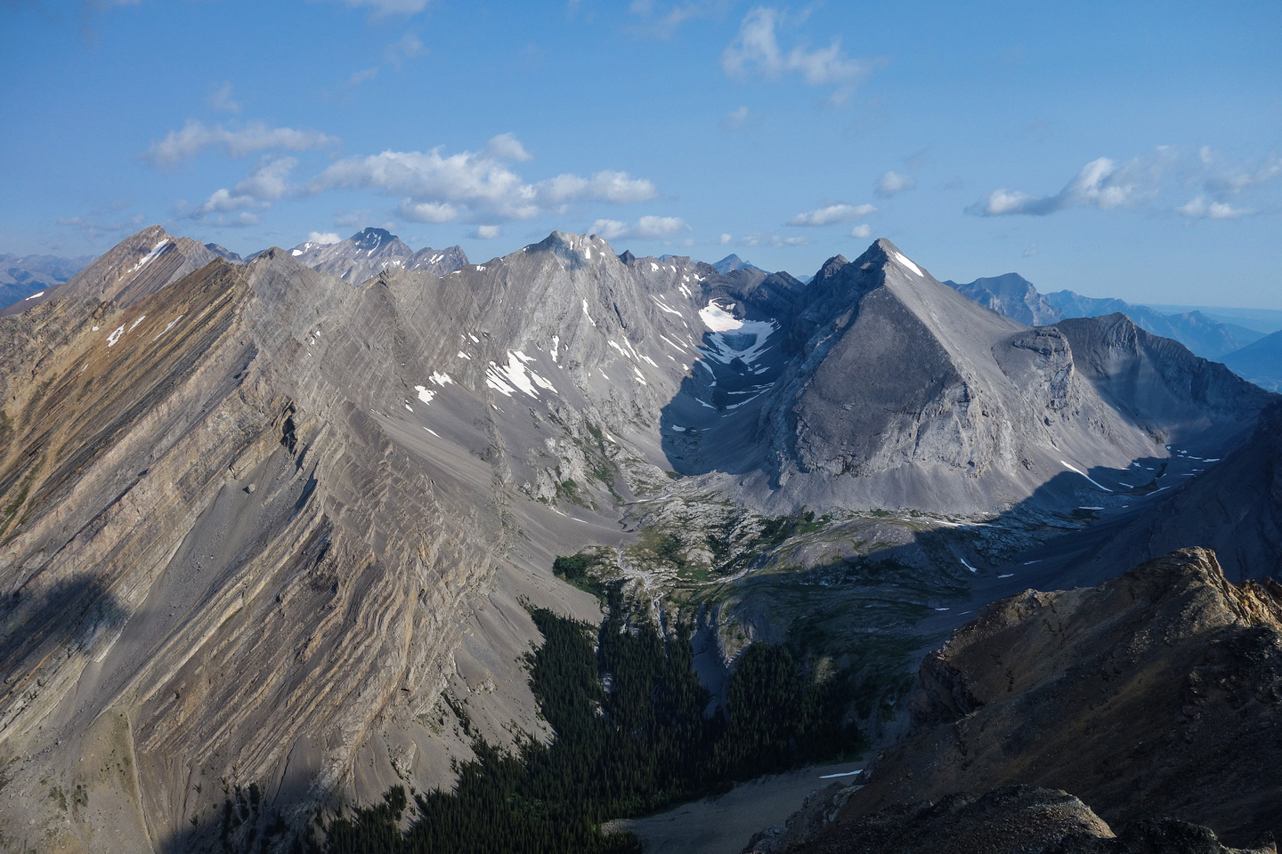 View into the James Walker bowl with both scramble routes to the summit visible.