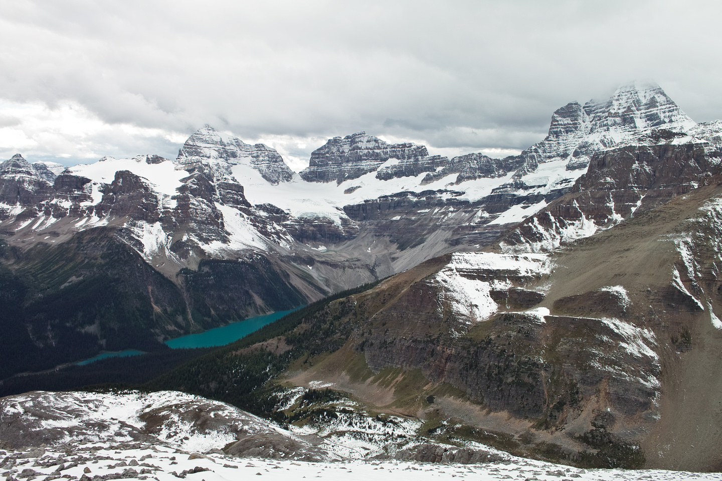 Gorgeous views of Gloria Lake, Aye, Lunette and Mount Assiniboine.