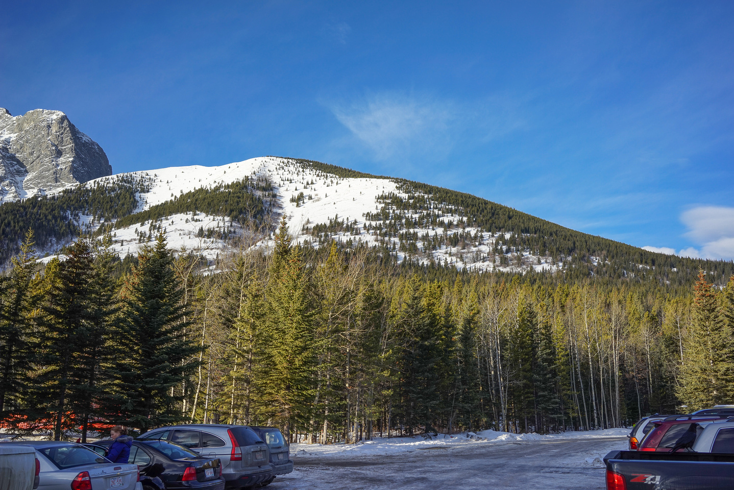 From the parking lot behind the Kananaskis Lodge, the north ridge looks easy and straight forward.