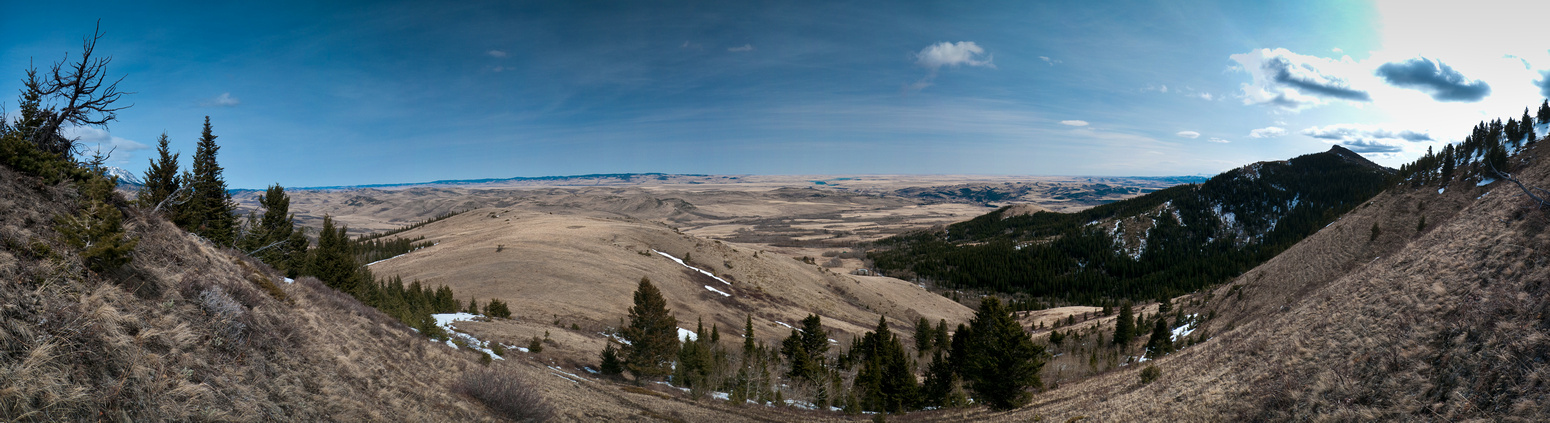 Panorama on the way up Robertson - Tallon on the right.
