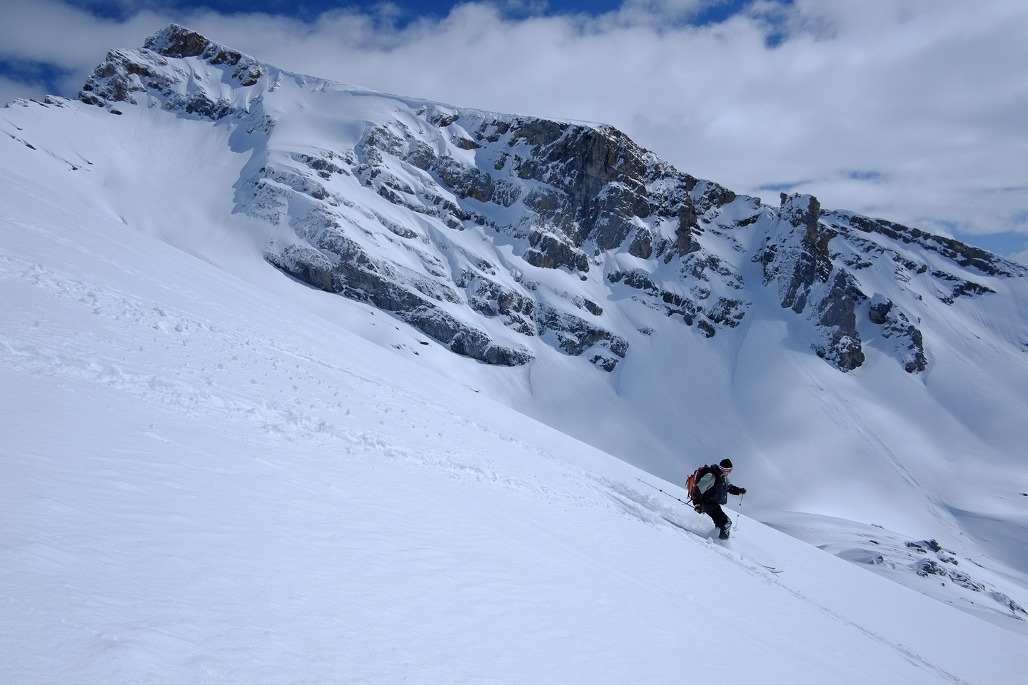 Skiing the west face of Ramp Peak.