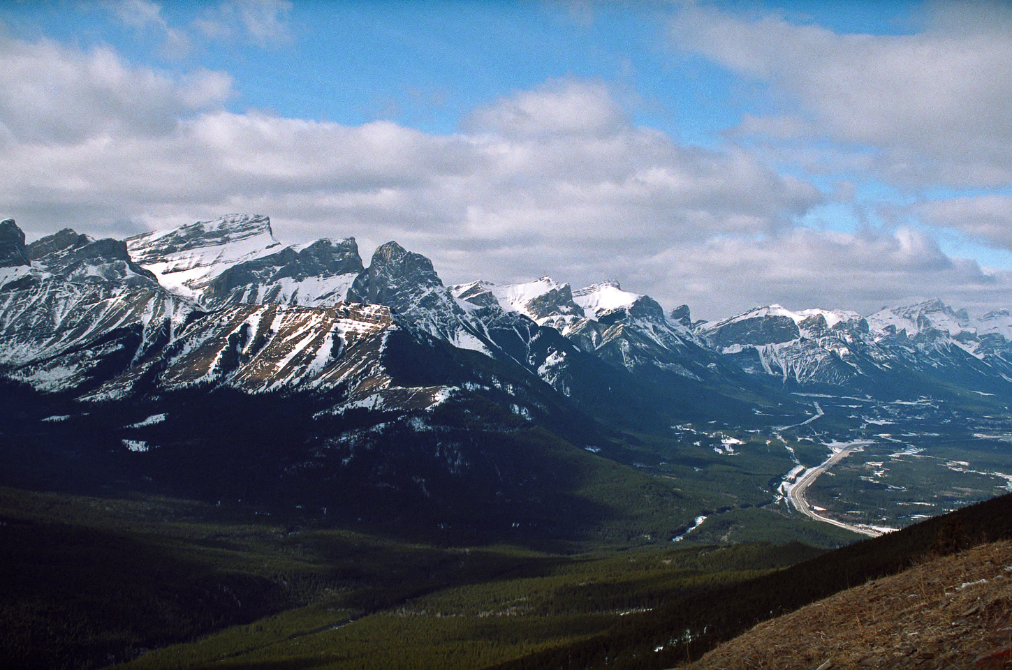Looking up the Bow Valley. The Orphan, Big, Middle and Little Sister, Lawrence Grassi, Ha Ling, EEOR and Rundle from L to R.