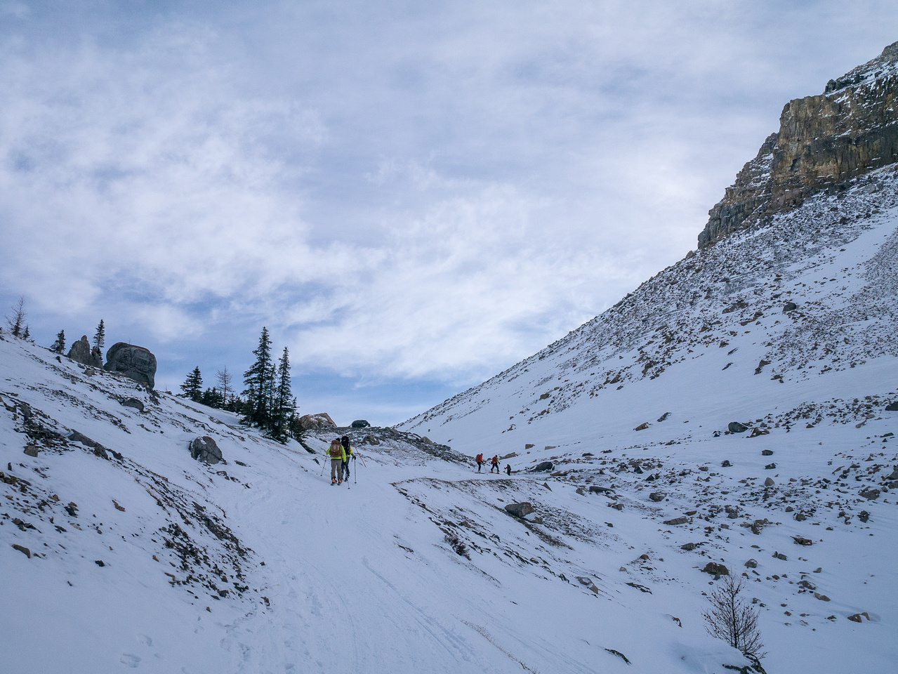 Following the snowmobile track from Skoki Lodge up to Boulder Pass.
