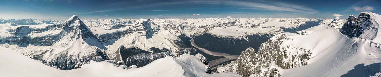 A view I've been waiting for. Columbia and Kind Edward on the left, Alberta, Twin's Tower and North Twin on the right.