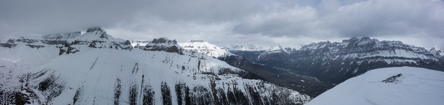 One more pano from the shoulder of Survey looking north and east.