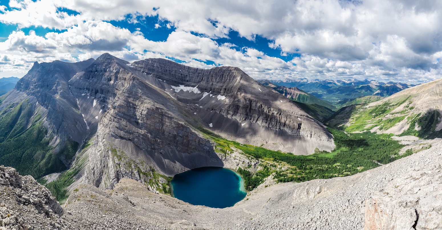 Great views down the south ridge / face to Carnarvon Lake and Mount MacLaren and Shankland.