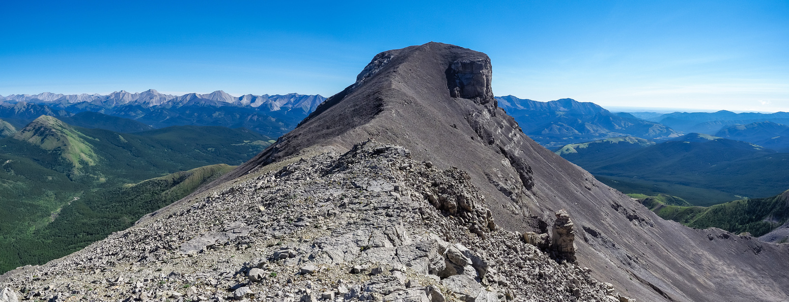 The summit of Mount Muir from the false summit.