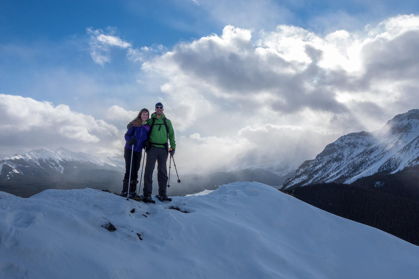 Vern and KC on the viewpoint of Gypsum Ridge.