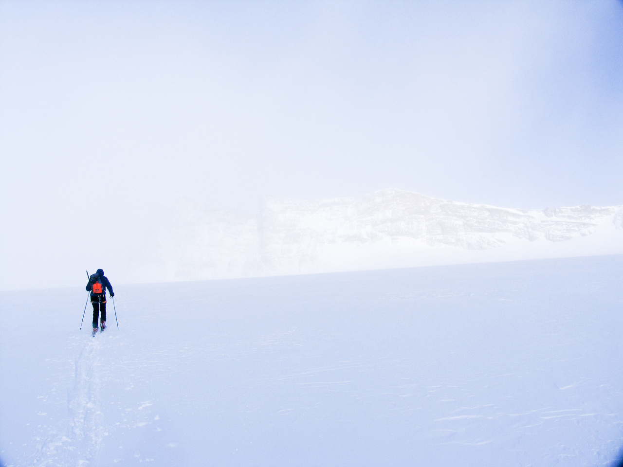 Skiing down from Mount Gordon in a near-whiteout.