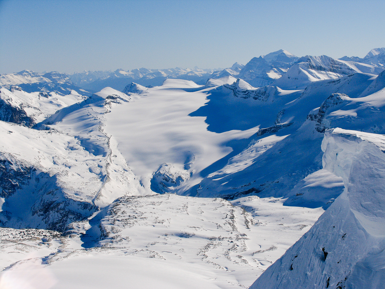 Looking over the Waputik Glacier and Lilliput to Mount Temple and Daly on the right.