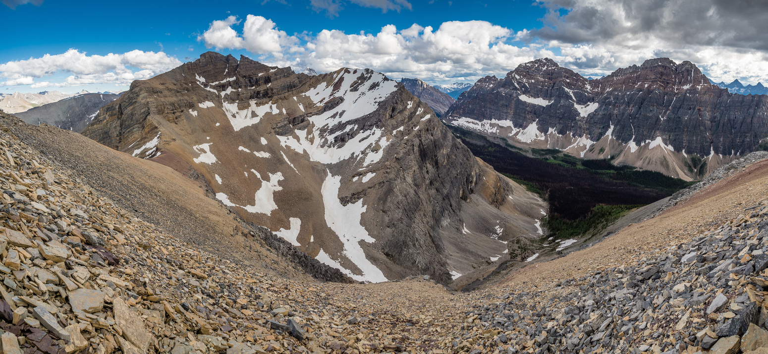 """Great views of our peak, showing that it is, indeed, worthy of a separate name. I mean, c'mon! If """"The Nublet"""" is named, surely this one deserves more than just another contour line?!"""