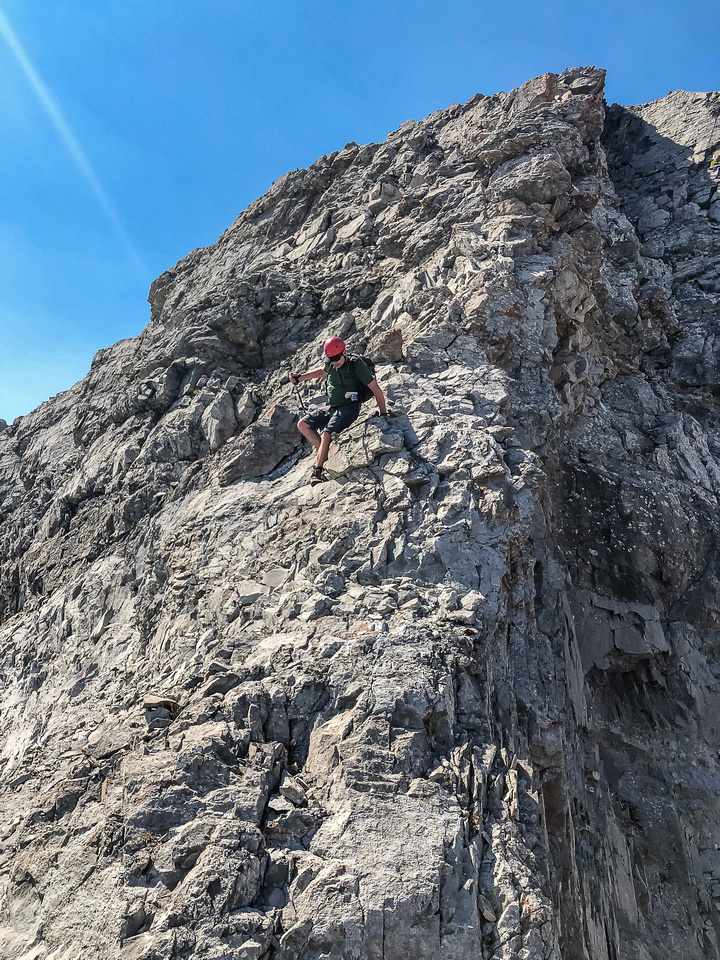 There is some exposure along the very loose crux and care is needed with loose rocks and boulders too.