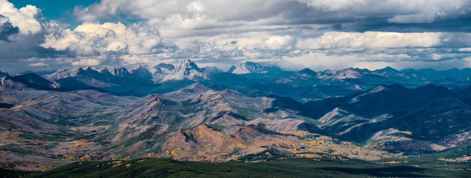 A compressed panorama looking north to Crowsnest Mountain and the Crowsnest Pass area.