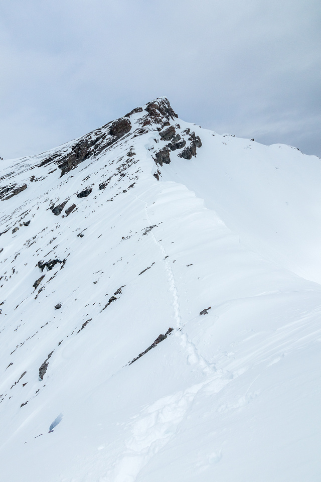 Looking back at my track avoiding the cornices.