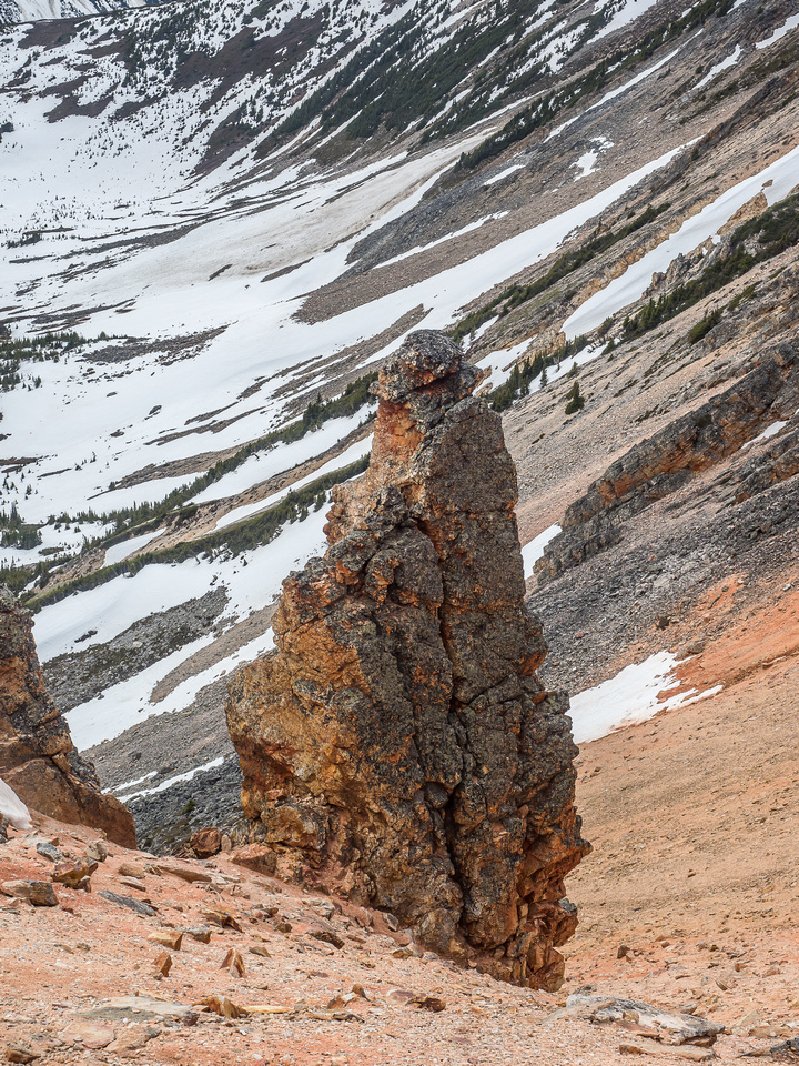 A brilliantly colored rock pinnacle lower down the NW face of Two O'Clock Peak.