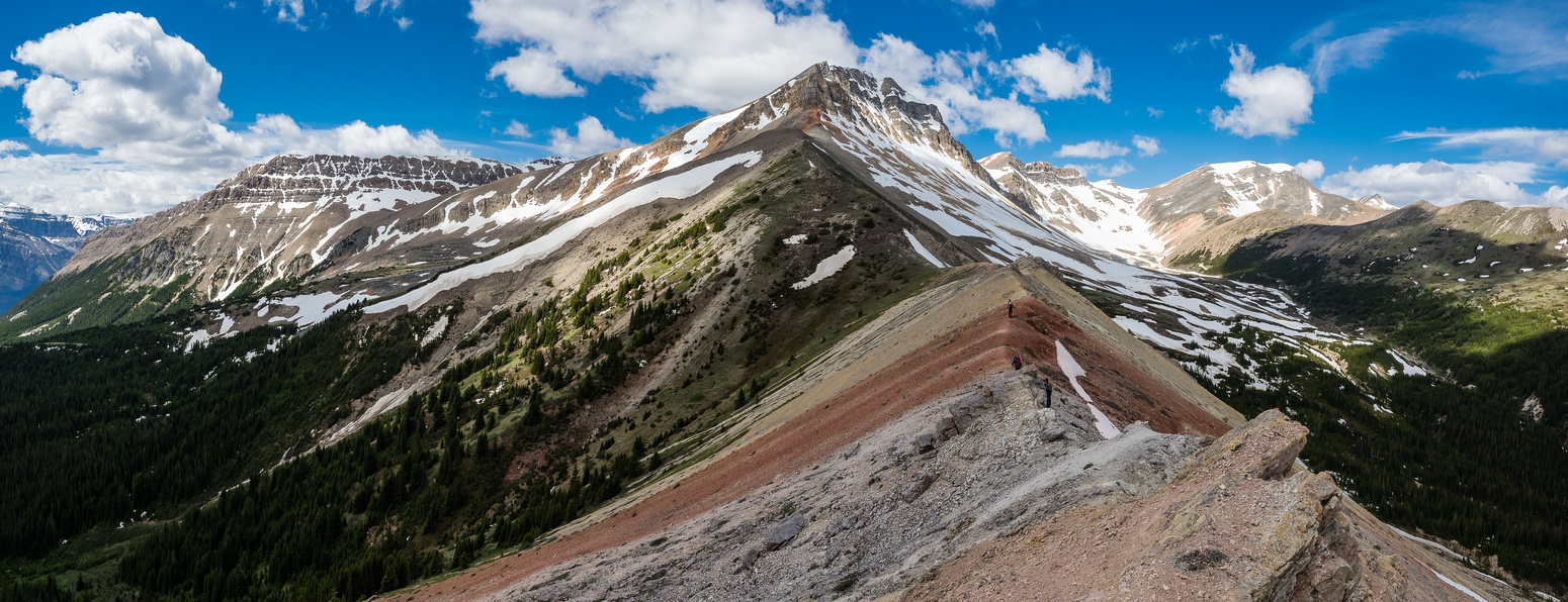 A beautiful area for an off-trail hiking adventure! Whirlpool's south ridge at distance left, Two O'Clock Peak at right.