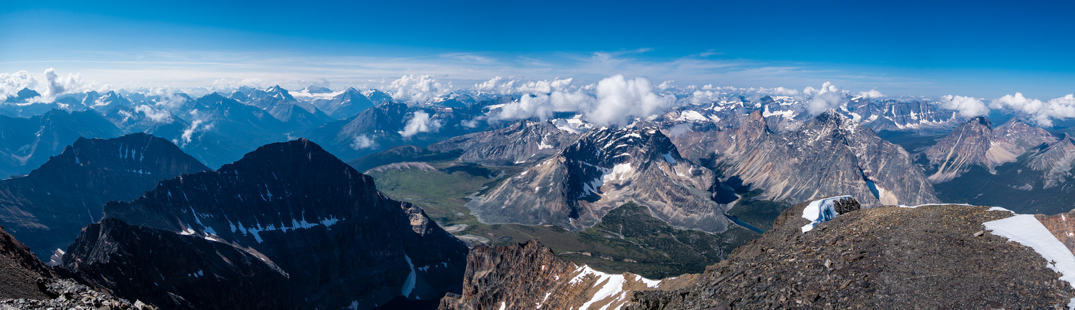 A great pano looking west over Verdant Pass and peaks like Chevron, Black and Throne.