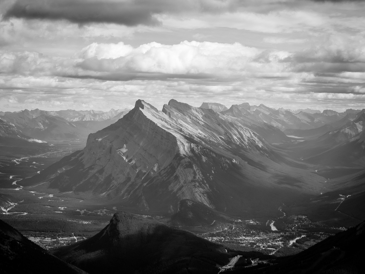 Mount Rundle looms impressively over the town of Banff.