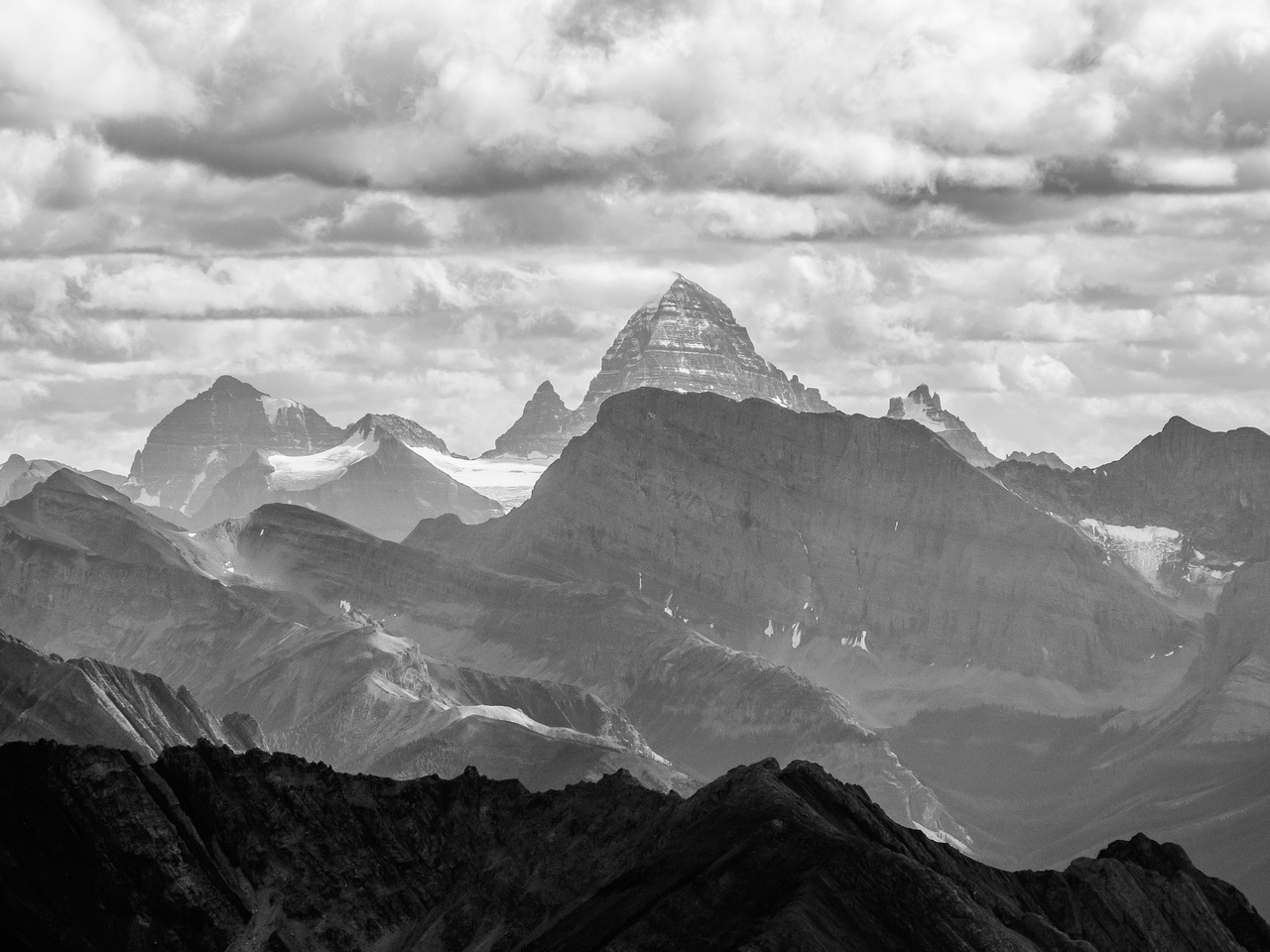 The always dramatic and impressive Mount Assiniboine looms over everything with Lunette actually looking like a peak for once and Eon to the left.