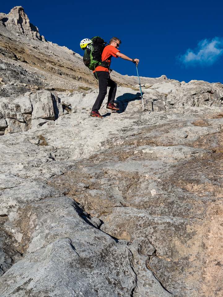 Karst Pavement makes for a fast approach towards Hector Pass.