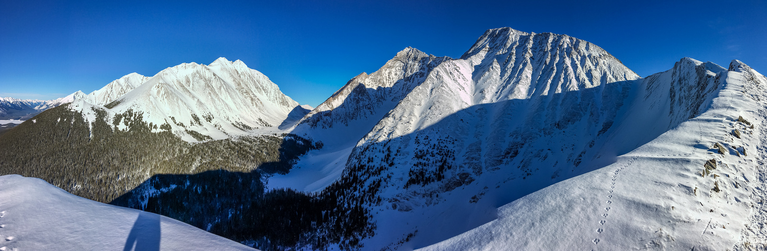Great view looking back up at the summit of LG on the right with Galatea looming over it and The Tower at center left