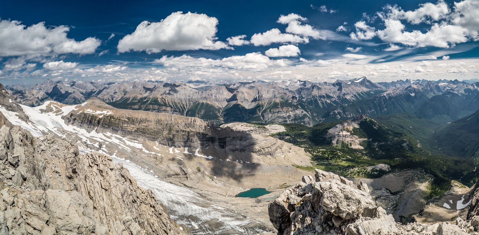 Looking towards Joffre and Kananaskis - the smoke has cleared up and now our summit views are stunning!