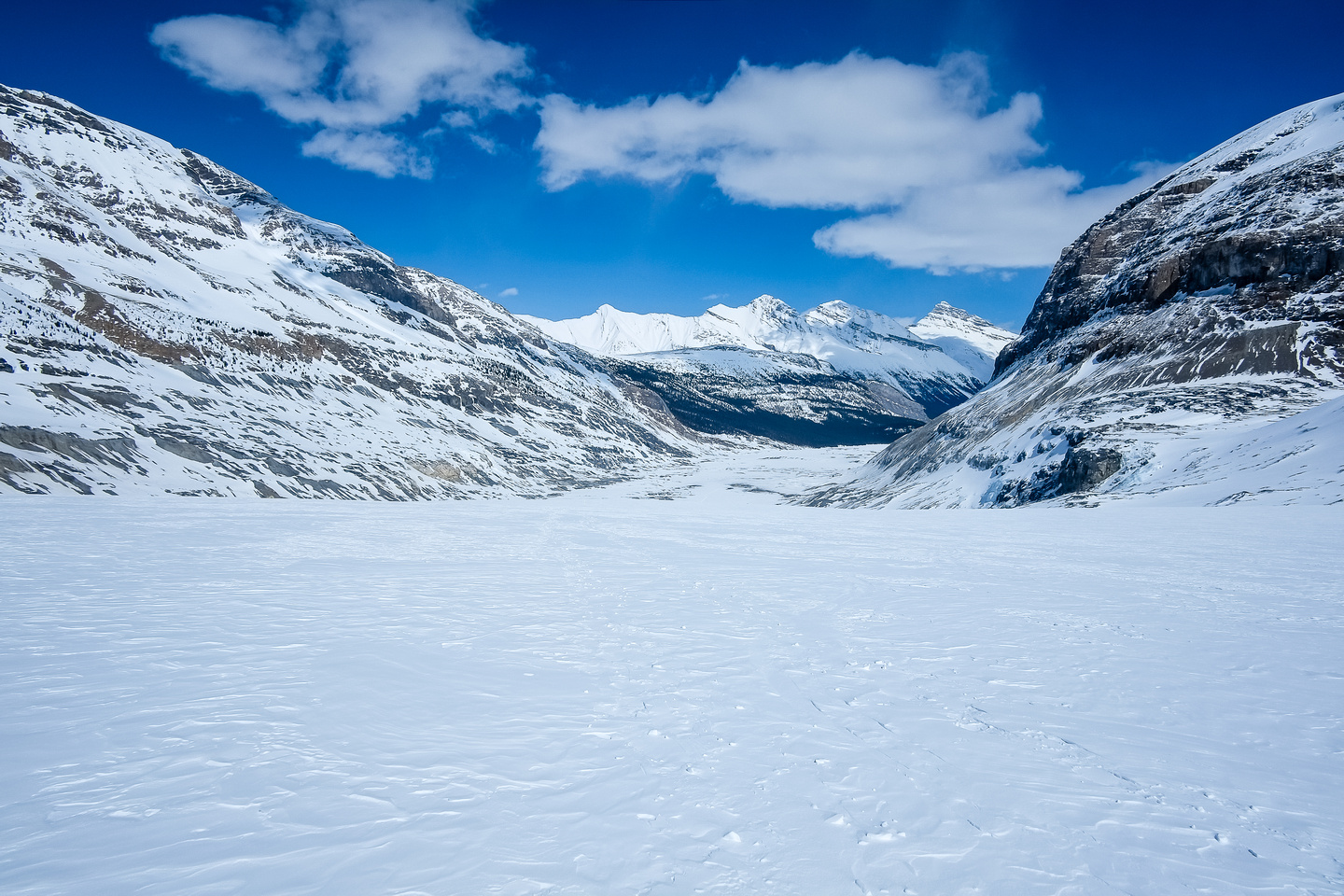 Nearing the toe of the Saskatchewan Glacier.