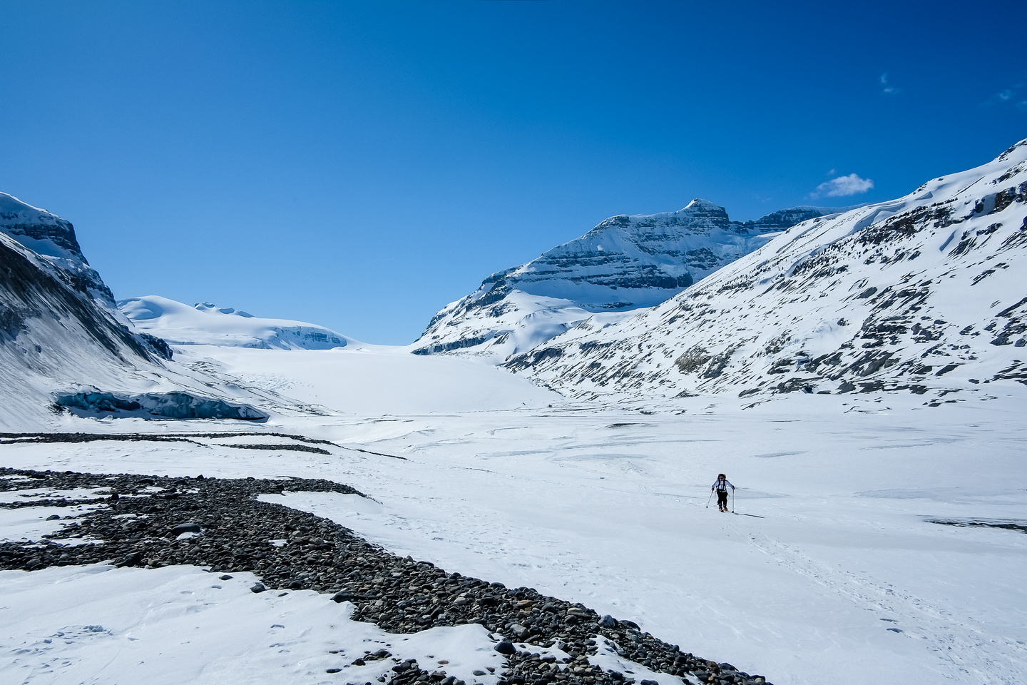 Departing the lovely Saskatchewan Glacier approach valley.