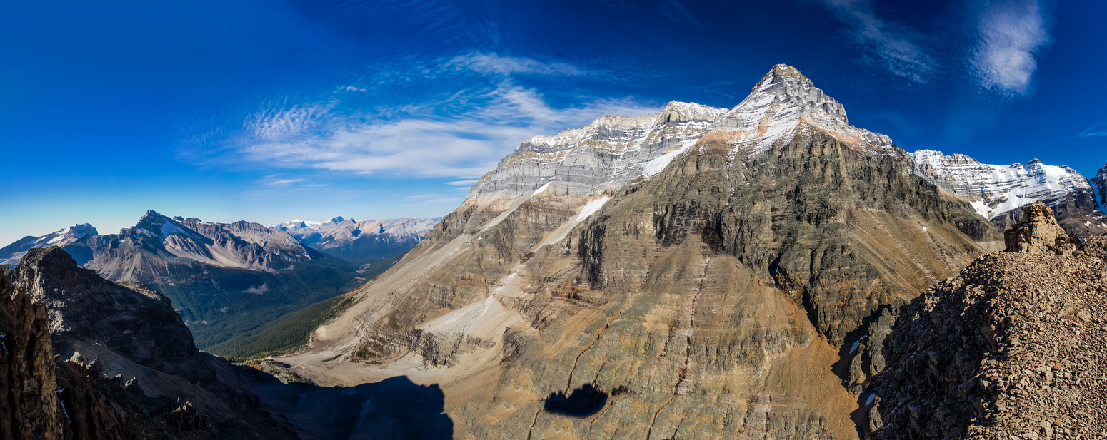 A panorama near the east summit (on far right) showing the entire Huber Ledge traverse with Victoria - North Summit and Huber looming above.