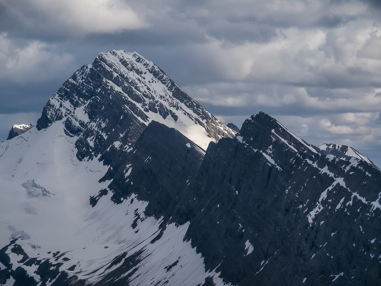 The very impressive Sir Douglas massif which I would climb 6 years later via it's west ridge.