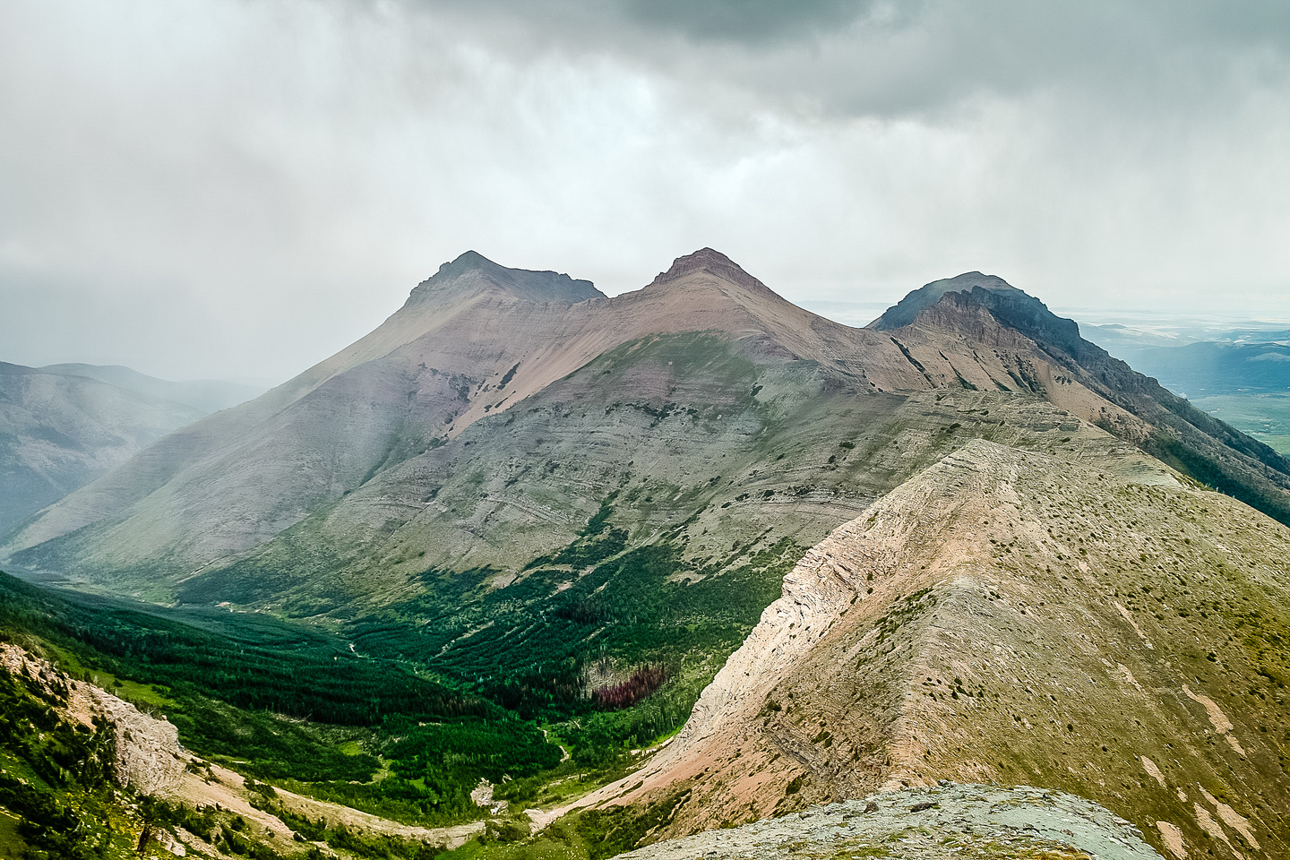Looking back at the three summits of Syncline and our weary traverse from the right hand side.