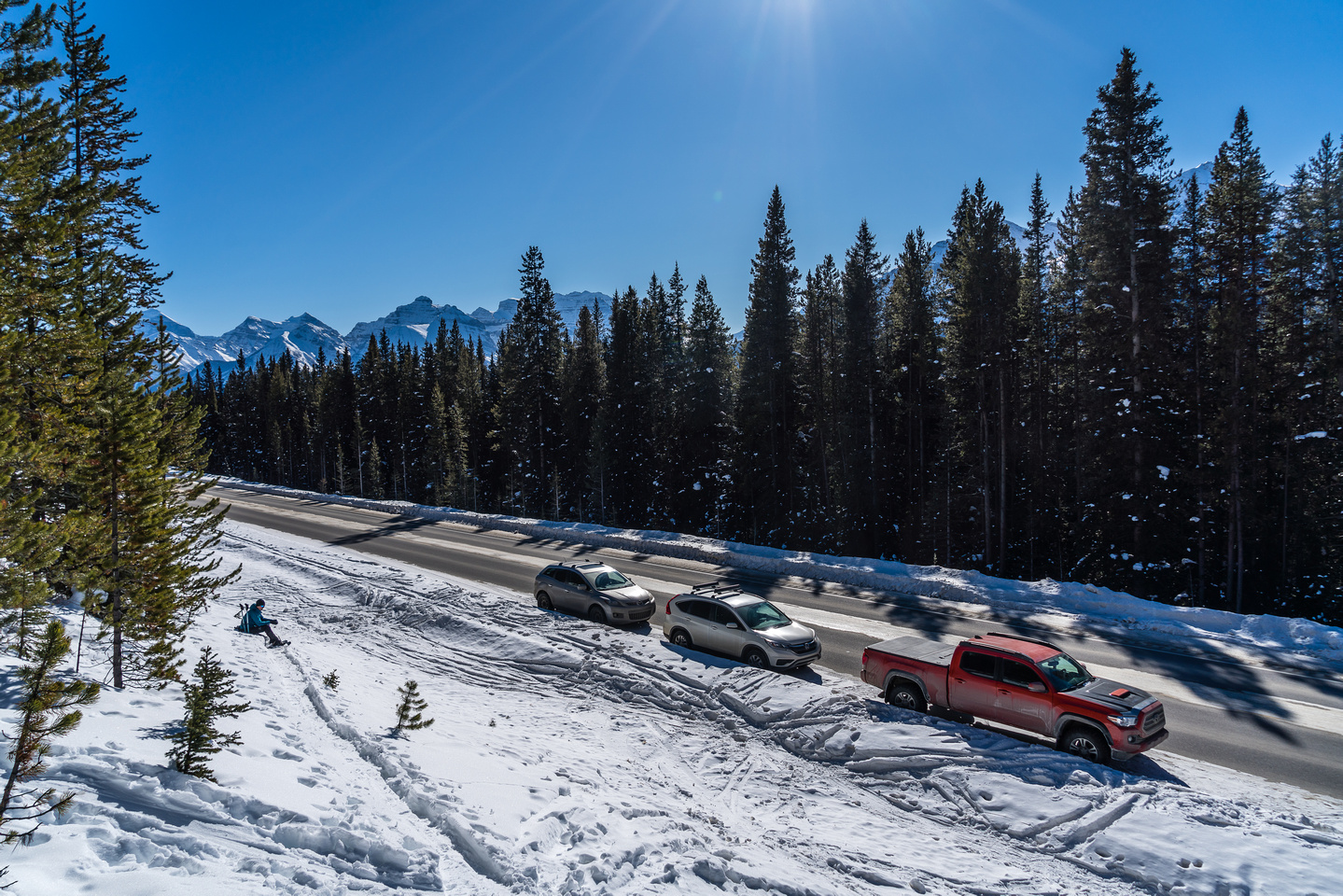 The parking along the Icefields Parkway is a bit tricky in winter.