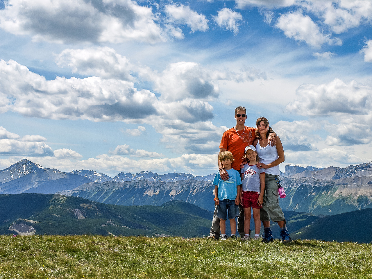 The Calgary Dewits on the summit of Prairie Mountain!