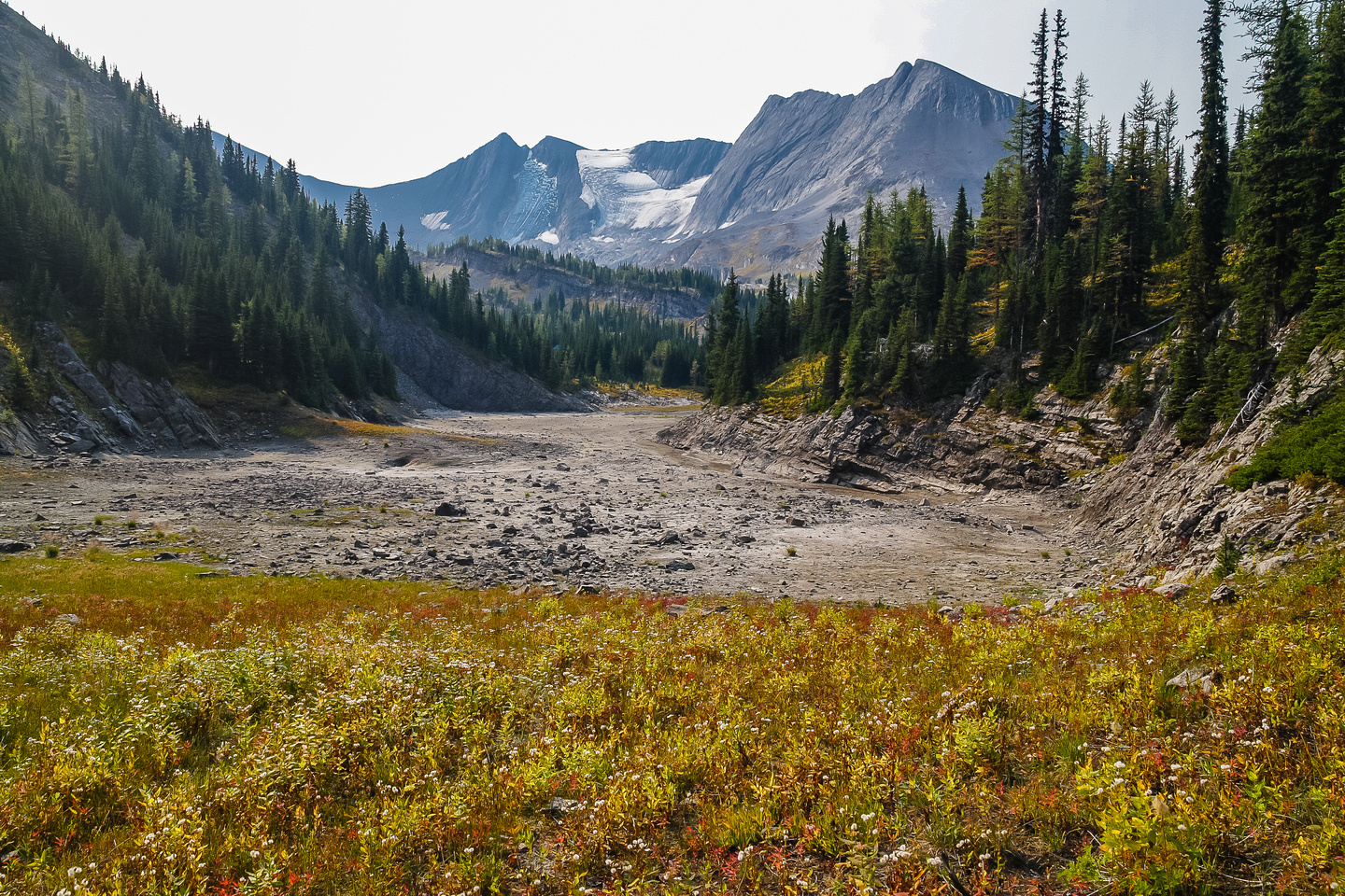 We dropped our backpacks near this dried up tarn before turning left (east) up the west ridge scramble route on Sarrail.