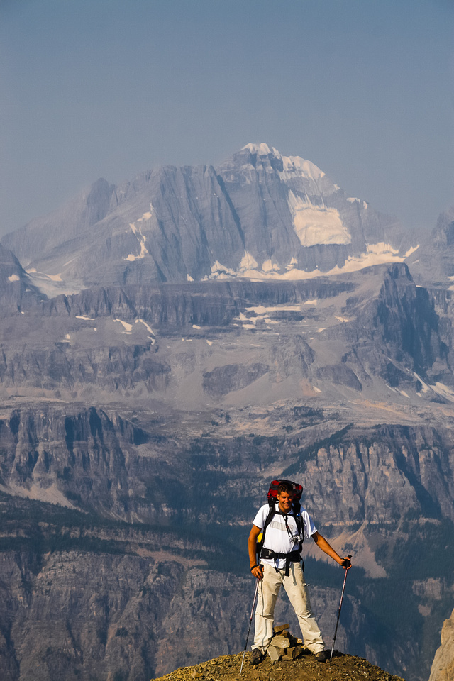Jon has one foot in British Columbia (L) and the other in Alberta (R)! King George makes us feel small.