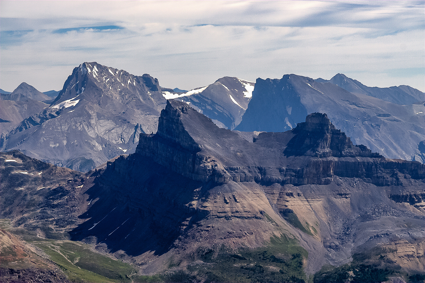Gorgeous Molar Mountain with Cyclone in the bg on the right and Cataract Peak in the bg on the left.