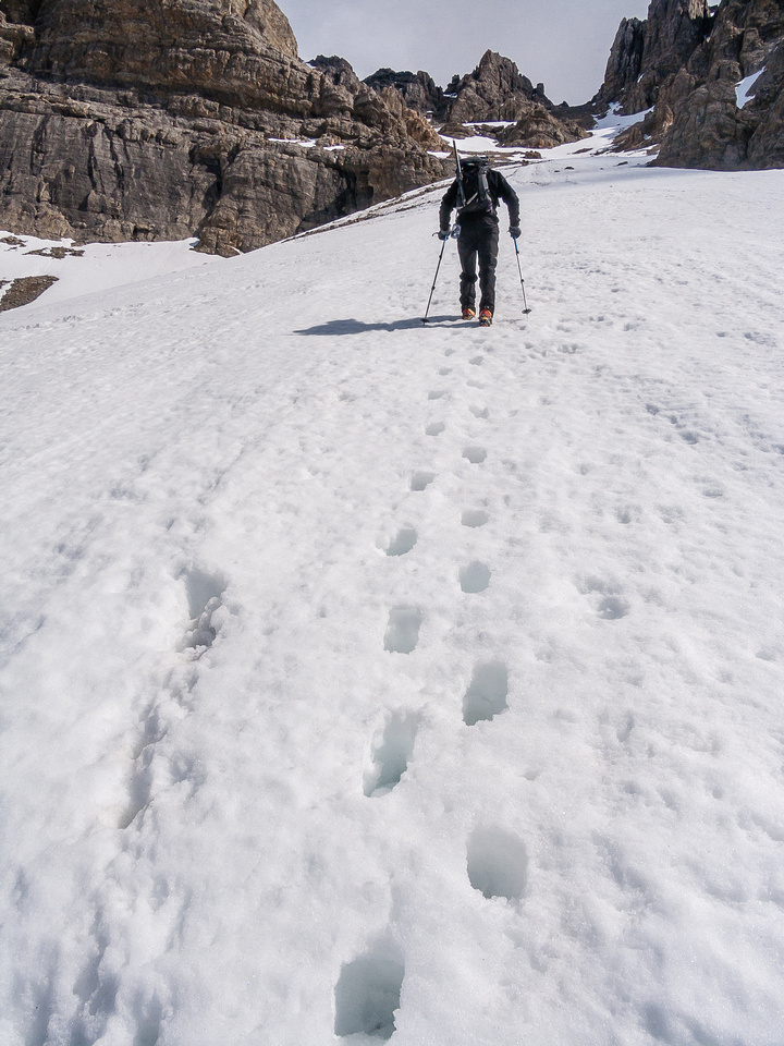 The snow was soft, which made step kicking a bit difficult, here JW leads.