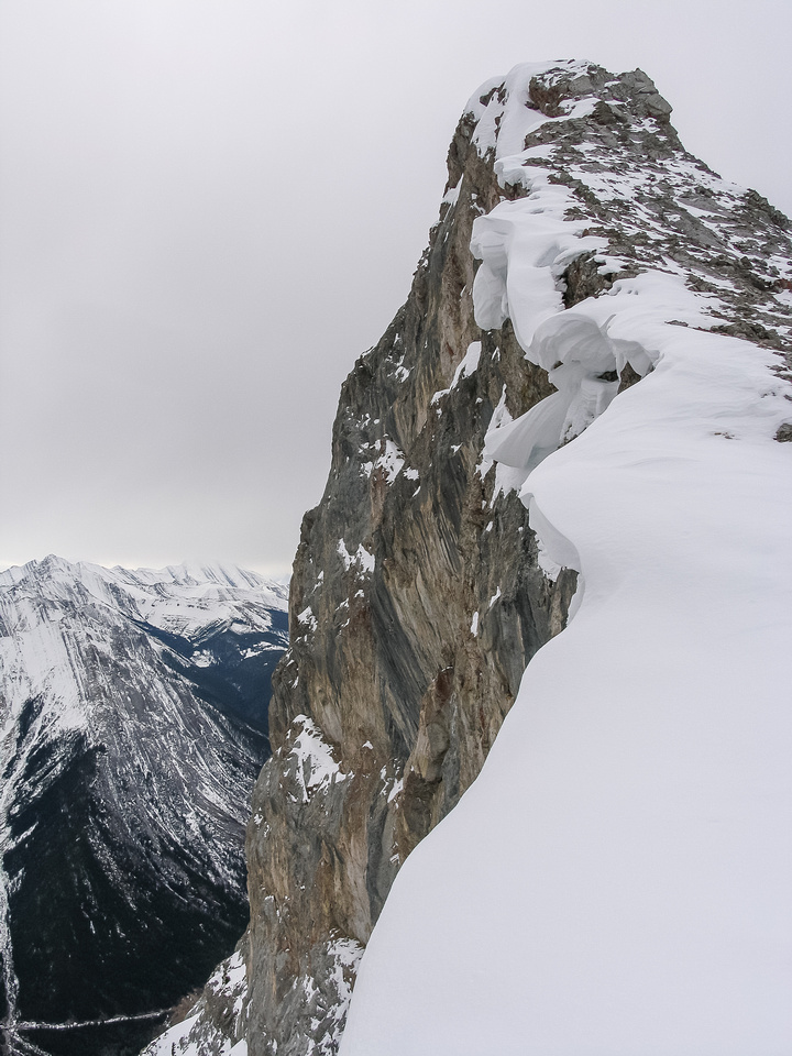 This is the ridge that I took to the summit - don't slip to the left!