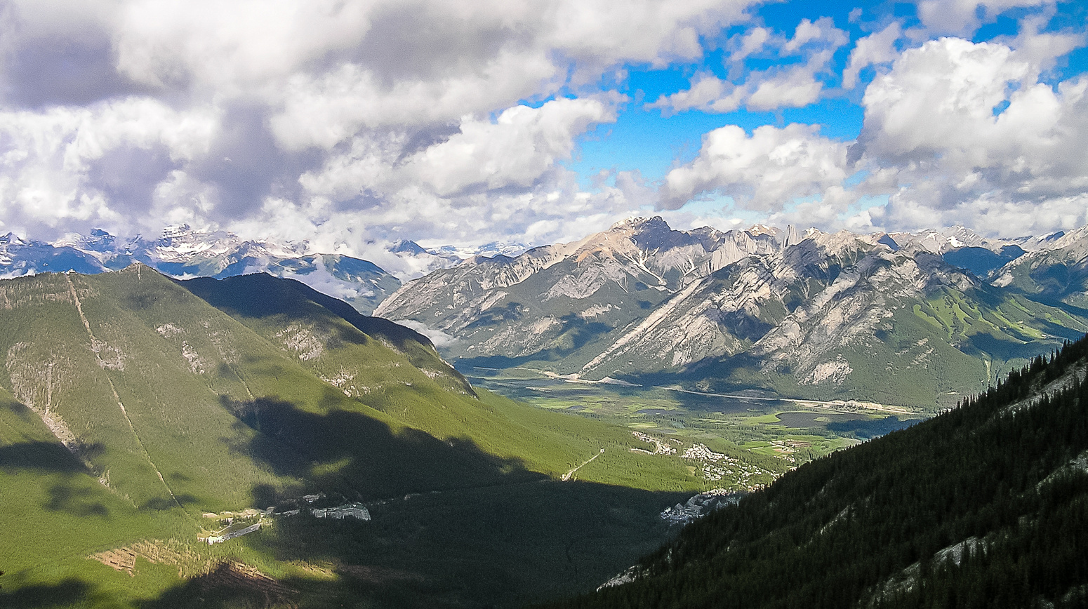 Lovely views back over Sansons Peak (L), Norquay (R) and Cory (C).