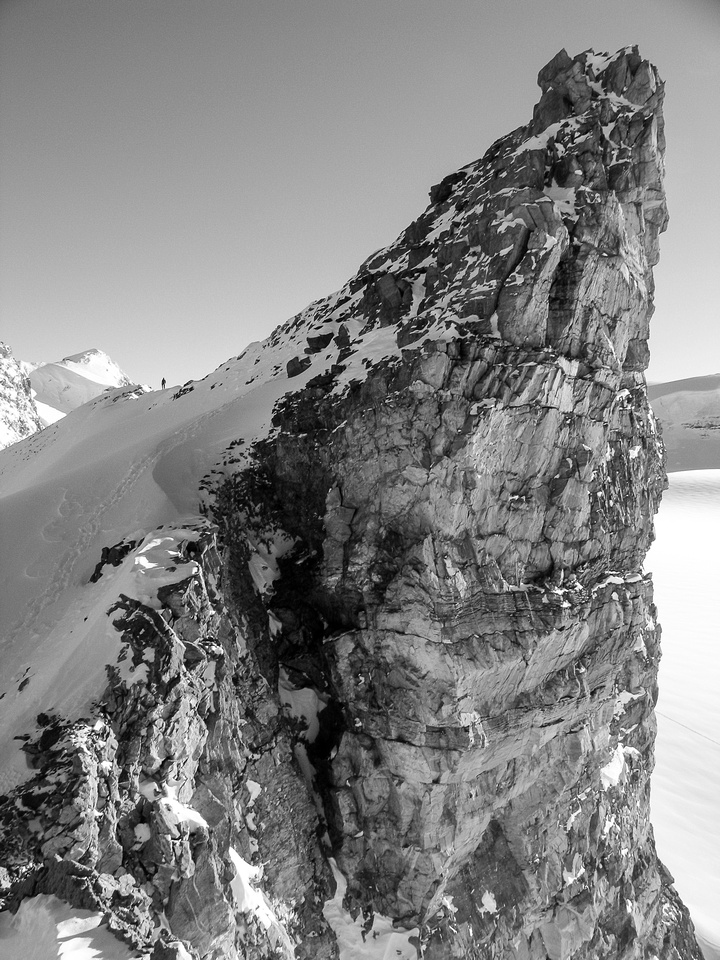 JW is outlined on the ridge back to the Olive col - the false summit is above.