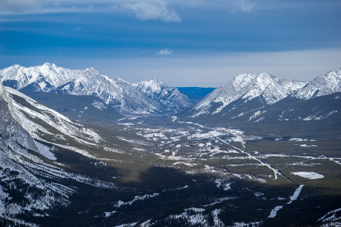 Looking through the gap - between Lorette and Baldy.