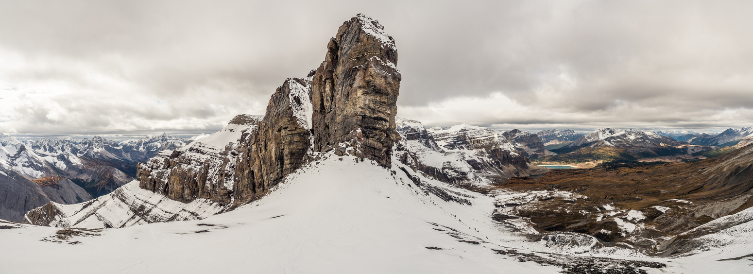 It's a pretty intimidating view of the cliff bands blocking easy access to Wonder Peak from the Ely's Dome col.