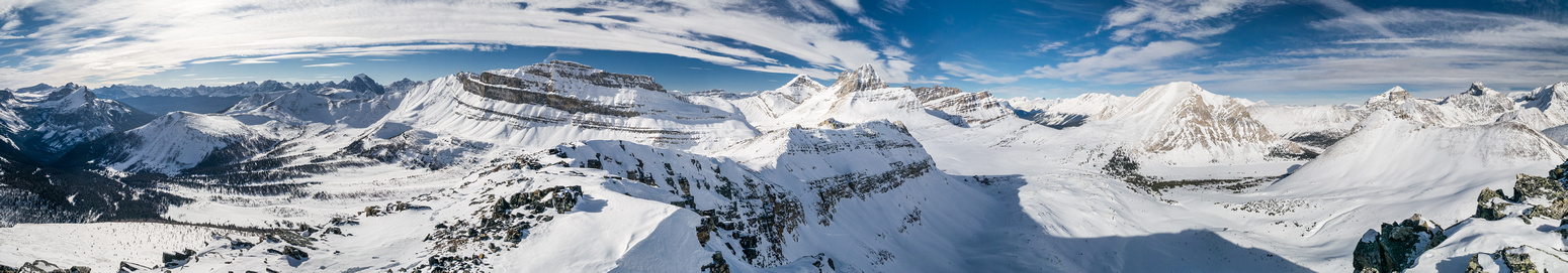 Summit panorama including the Valley of Ten Peaks (L) and Skoki (R).