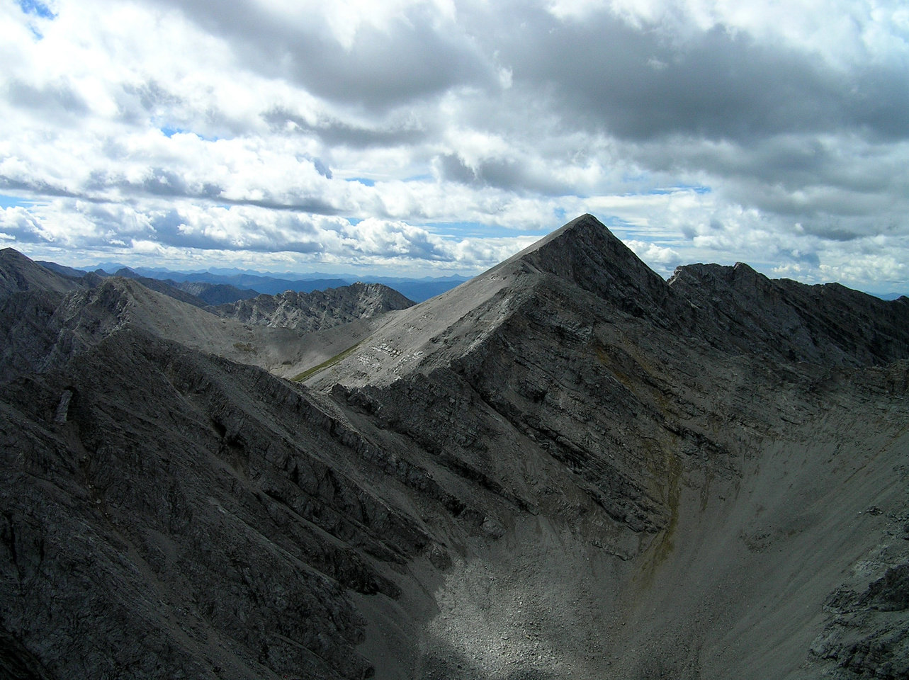 The route from Allison (C) to Window Mountain at left is fairly obvious.